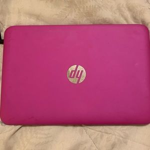 Pink laptop (dell)